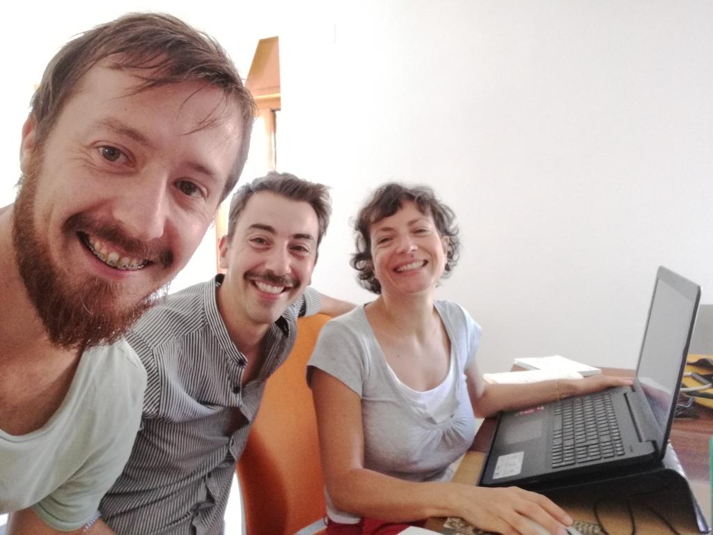 incubatore netural, il team di casa netural al lavoro
