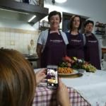Ogni pranzo Mammamiaaa ha bisogno di uno storuteller che faccia foto e video e li condivida sui social